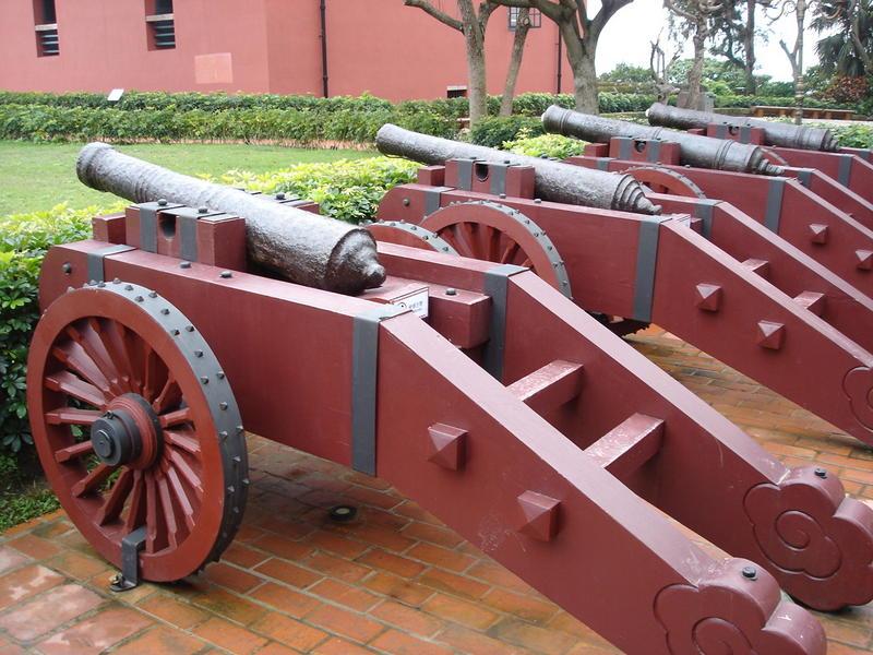 Canons at Fort San Domingo, Danshui