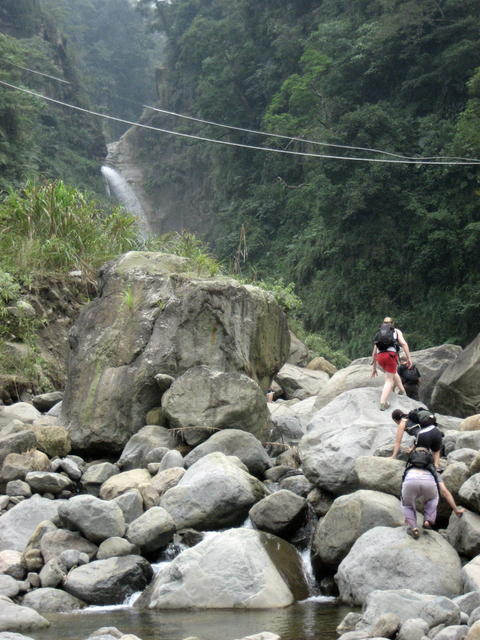 Zhushan Waterfall3