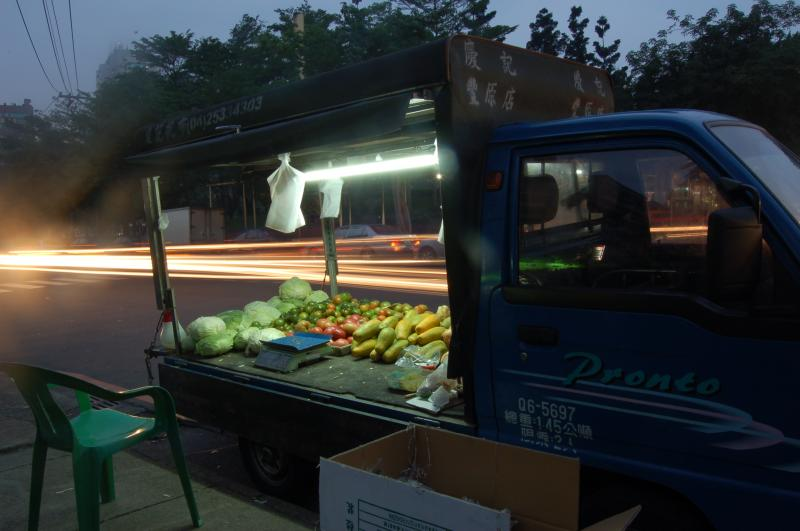 Truck selling Veggies
