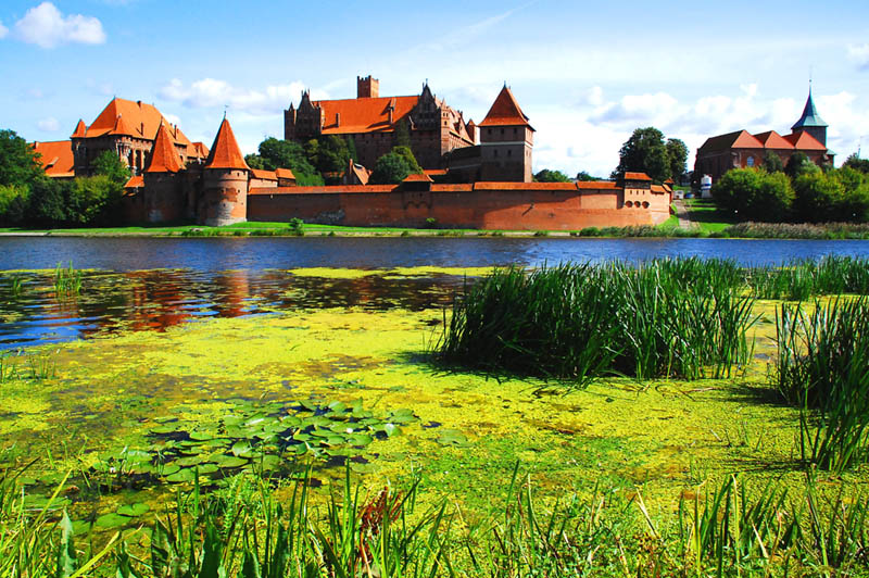 Castle and church of Malbork